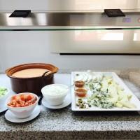 buffet-hotel-matlin-antilla-playa-queso-salmorejo
